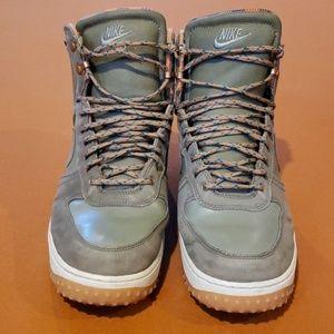 Mens boots Lot#2